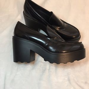 Black Chunky Loafers